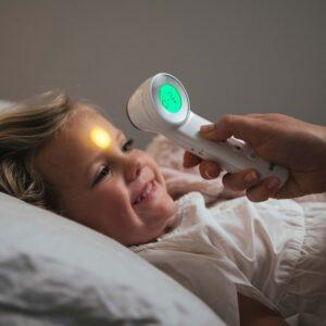 termometro digitale frontale senza contatto Braun per febbre temperatura bambini compra on line su Parafarmacie.shop